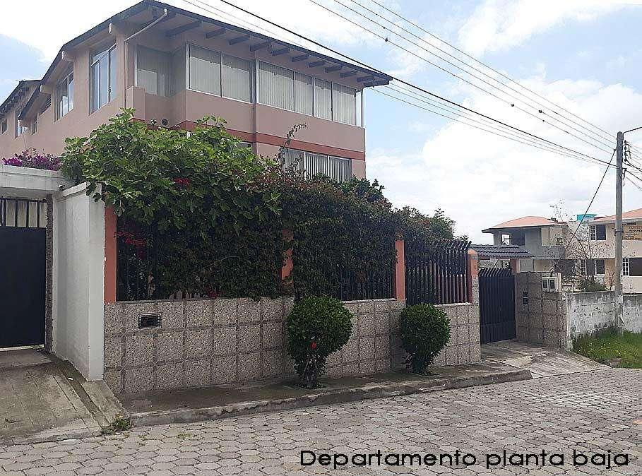 Pusuqui, arriendo departamento 212m2 de construcción,jardin, planta baja, 500 Inf: 2353232, 0958838194