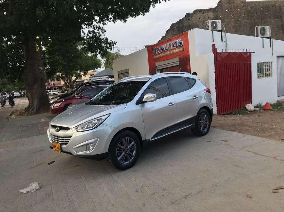 Hyundai i35 2015 - 100000 km