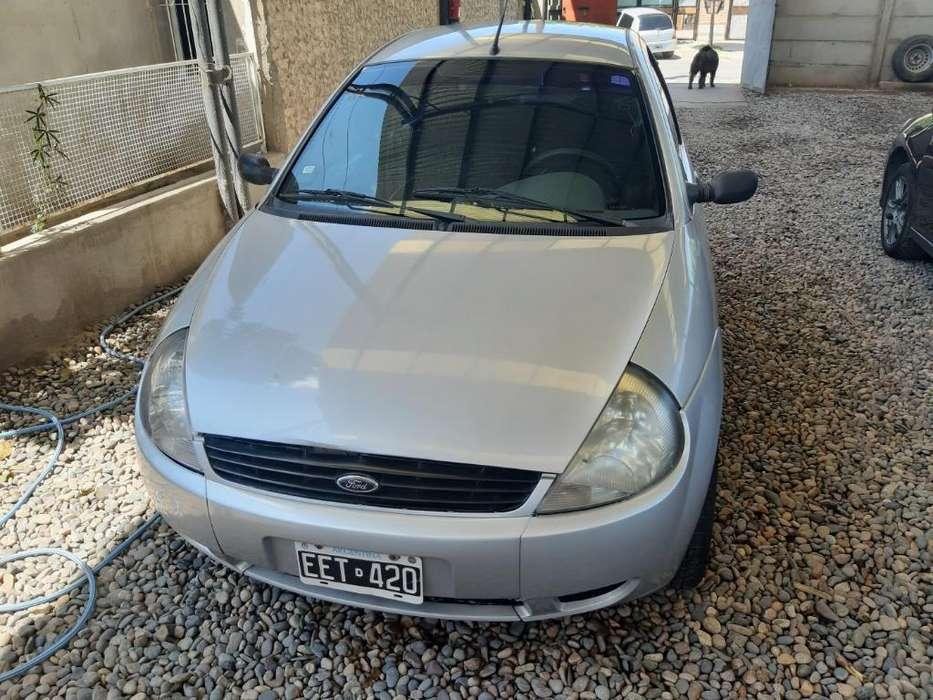 Ford Ka  2003 - 1111 km