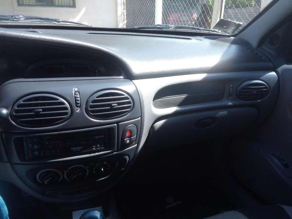 Renault Megane  2000 - 270000 km