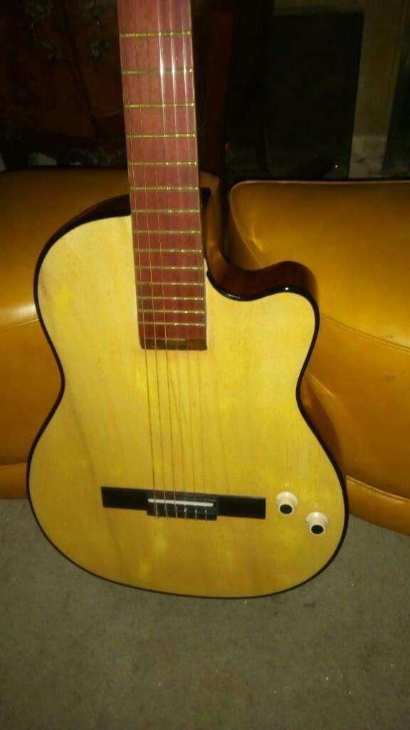 Guitarra Electroacústica Avalon