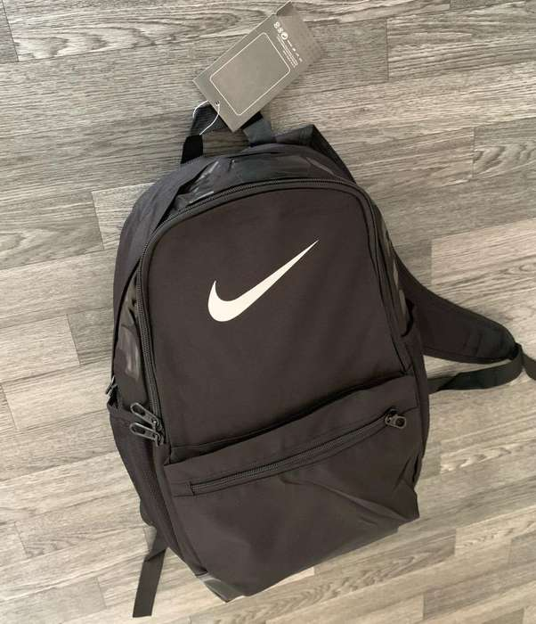 Maletin Nike