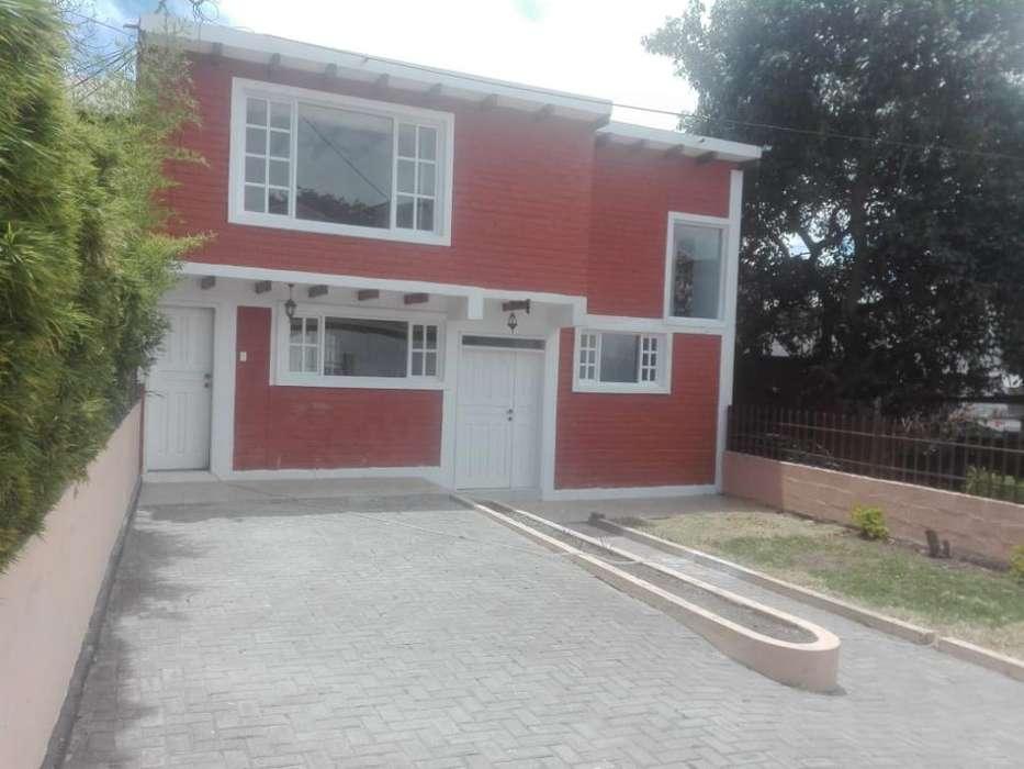 Renta Arriendo Casa Sector Cumbaya