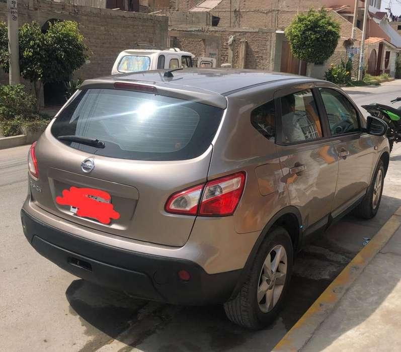 Nissan Qashqai  2013 - 94000 km