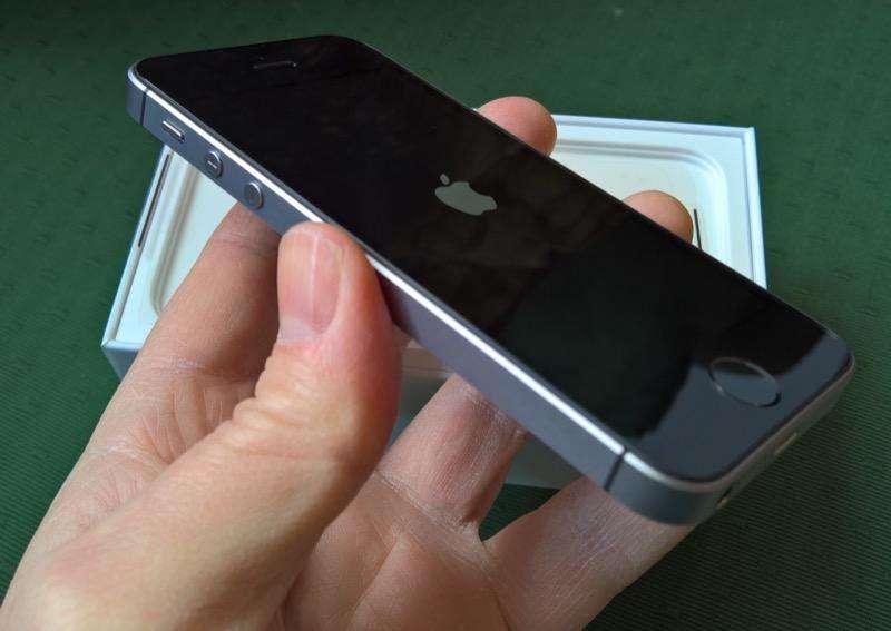 Apple Iphone SE iOS 13 Vendo o cambio