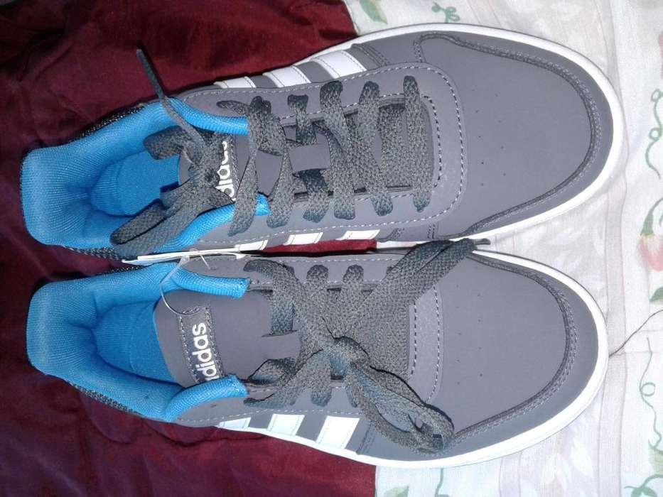 Zapatos <strong>adidas</strong> originales