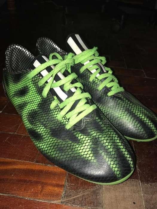Botines Adidas F10