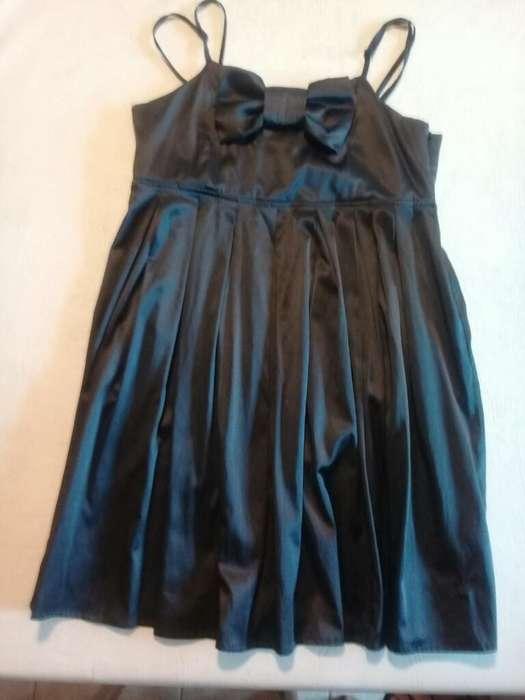 Vestido Corto de Raso Negro Como Quieres, usado segunda mano  La Plata