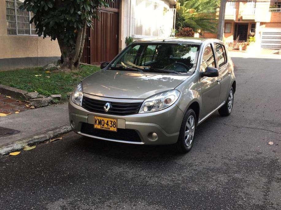 Renault Sandero 2012 - 80000 km