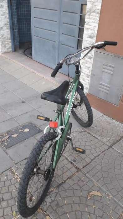 Vendo Bicicleta Rodado 20 para chico