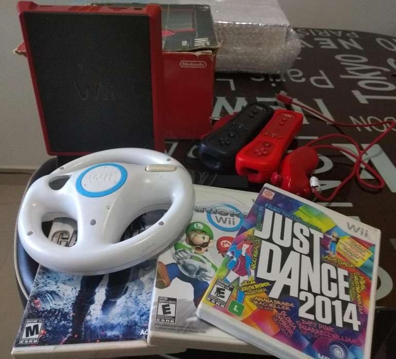 Wii Mini Roja Mario Kart dos mandos y tres juegos