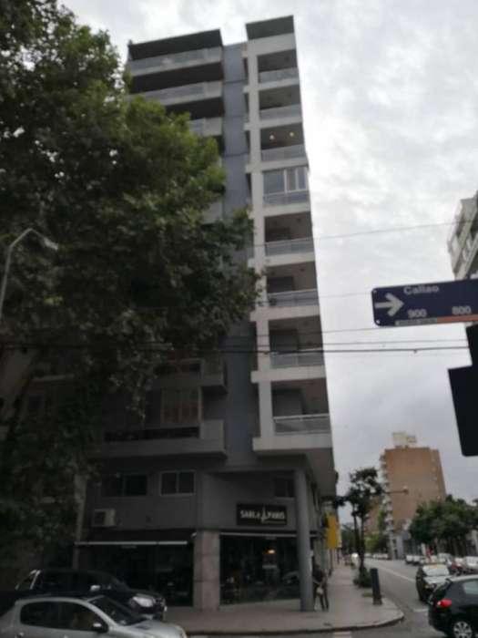 Departamento de un dormitorio, al frente. Córdoba y Callao