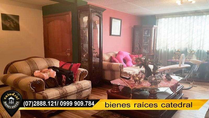 Casa de venta en Av. Pumapungo y Raul Andrade – código:15894