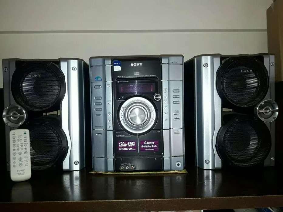Equipo de sonido SONY MHCRG221