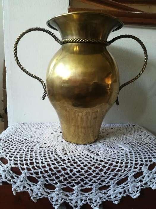 jarrón antiguo