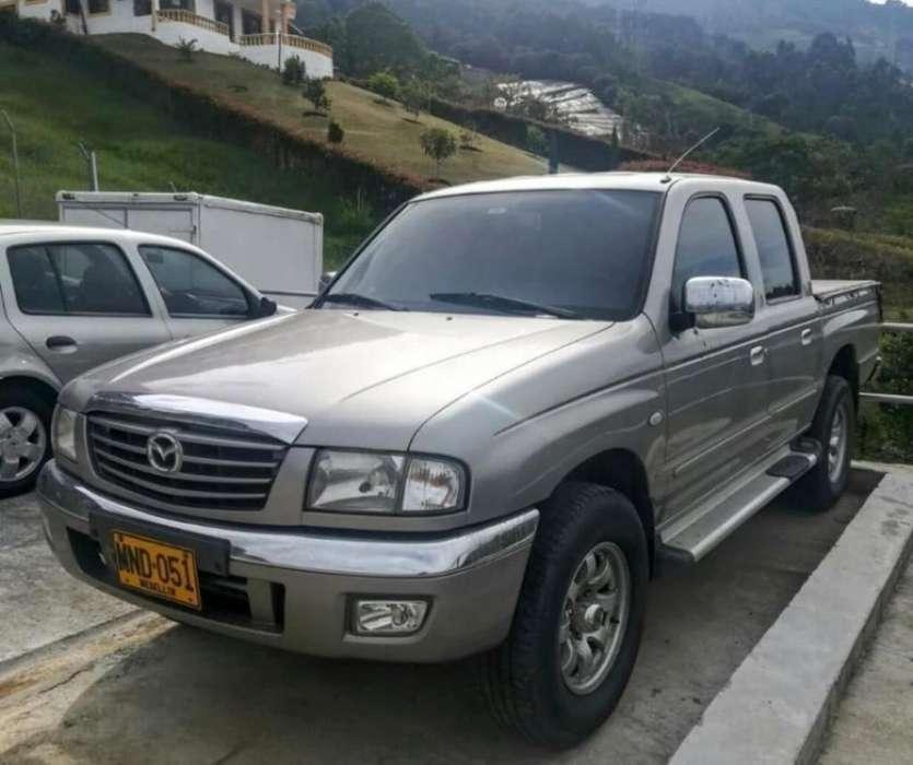 Mazda B-2600 2005 - 145000 km