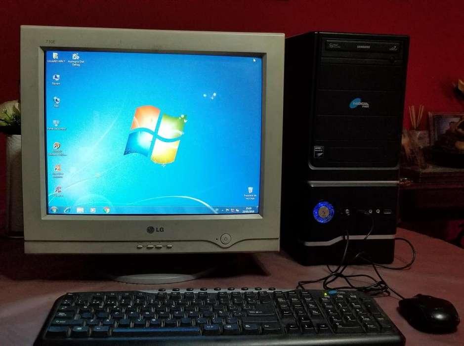 Vendo Pc Completa, Monitor Incluido.