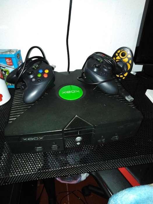 Consola Xbox Clásica Buen Estado