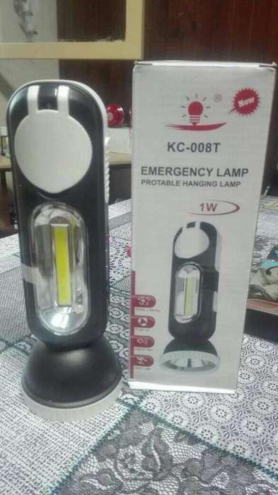 Linterna de emergencia recargable solar 3 posiciones.