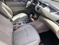 Nissan Sentra Exclusive 2015