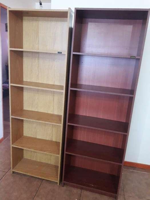 Vendo Bibliotecas 2000 Cada Una