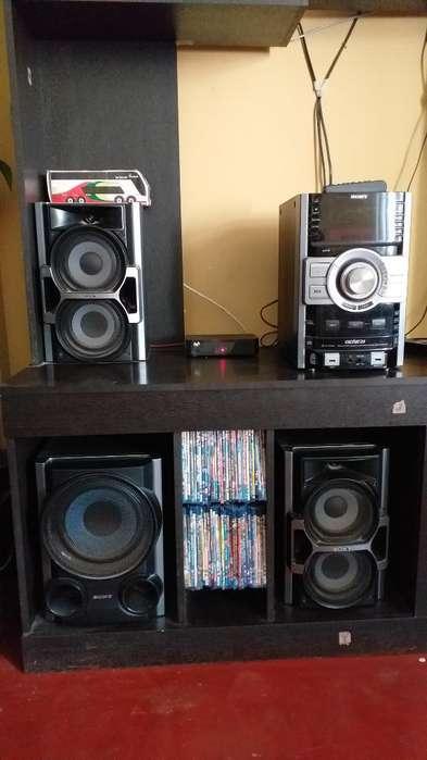 Equipo de Sonido Sony Mhc- Gtz4