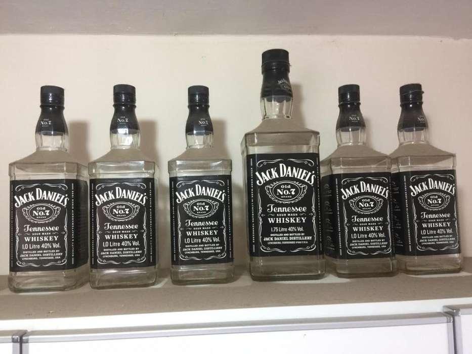Vendo lote de botellas vacías Jack Danields Nr7 de litro, Single Barrel de 750cc