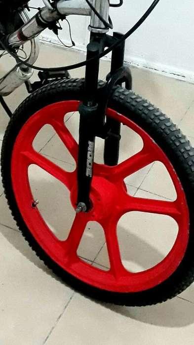 Vendo Rueda Ciclo en Exelente Condicion