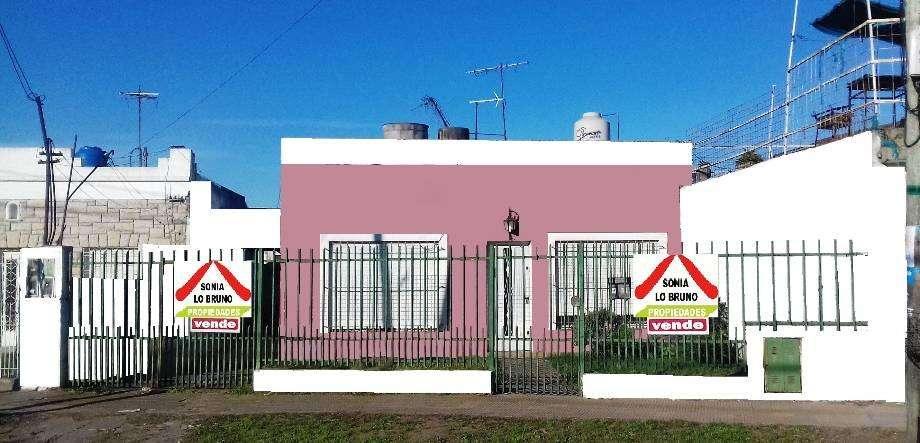 Casa para 2 Familias en venta en Paso del Rey Norte