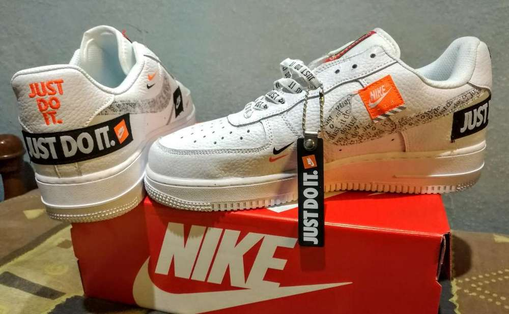 Nike Air Force Lv8 Just