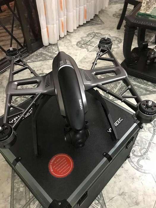 Drone Typhon Q500 4K de 4 helices