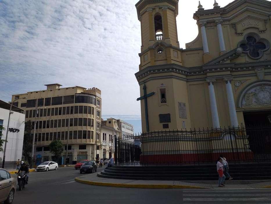 Unico departamento centro de Piura frente Catedral - wasi_1387513