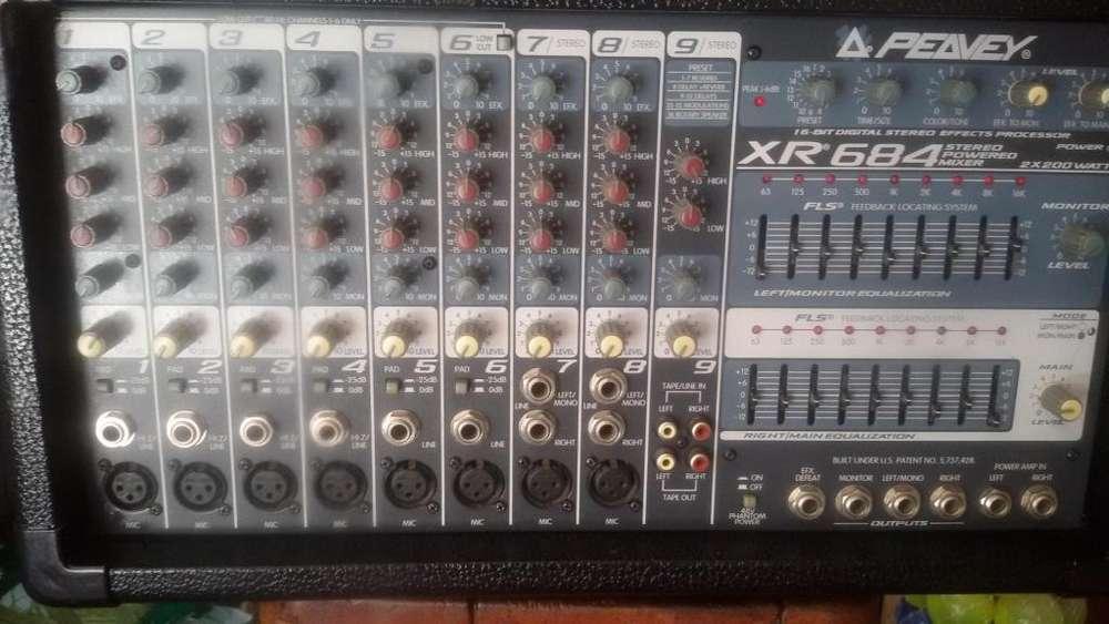 Consola Peavey Xr 684