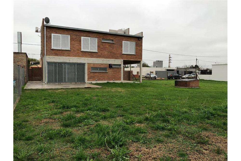 Venta Casa de 3 dormitorios en Funes City