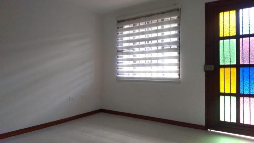 Casa para la venta en la Ceja Antioquia - wasi_1041416