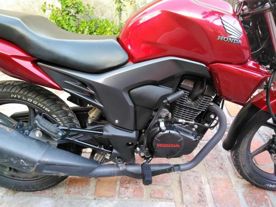 Honda Invicta Cb150 - 11500km Alarma Luces <strong>accesorios</strong> Extras