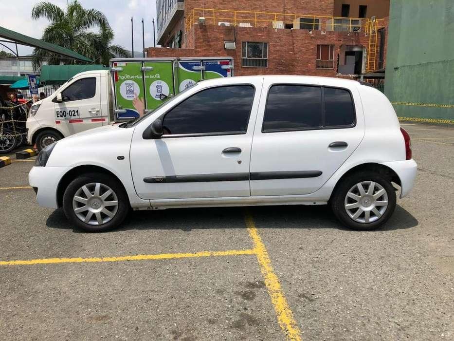 Renault Clio  2013 - 64500 km