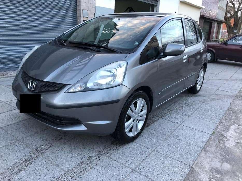 Honda Fit 2011 - 130000 km