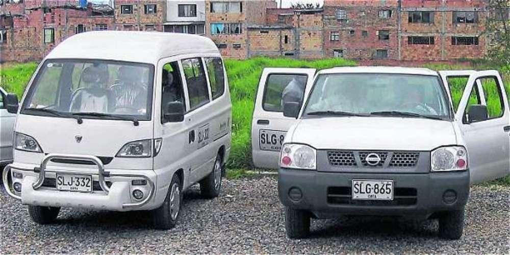 Se Solicitan Vehículos Placa Blanca