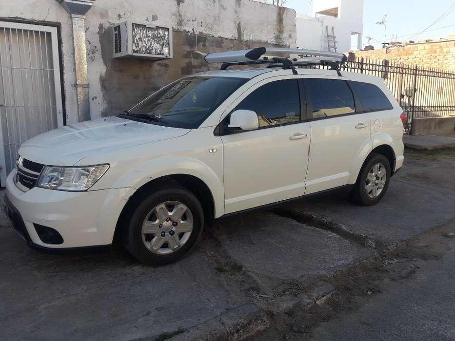 Dodge Journey 2011 - 97500 km
