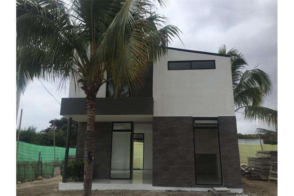Venta de casa en urbanizacion zona sur de manta