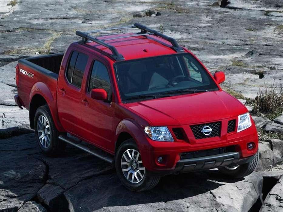 Alquiler Camioneta NISSAN CON CONDUCTOR para Viajes, Mudanzas, ETC. 0984760662