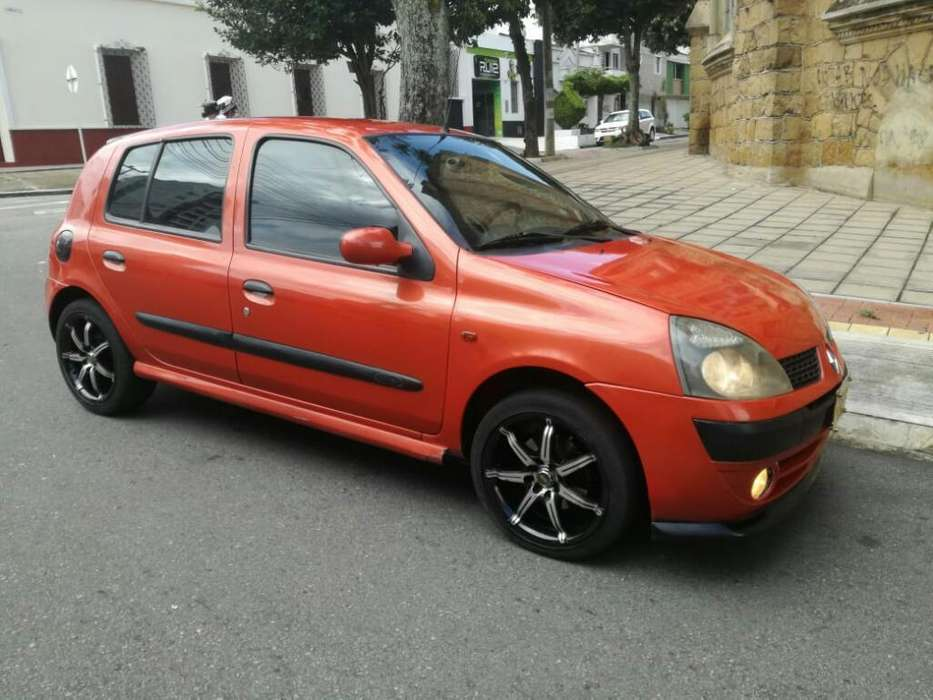 <strong>renault</strong> Clio  2007 - 240000 km