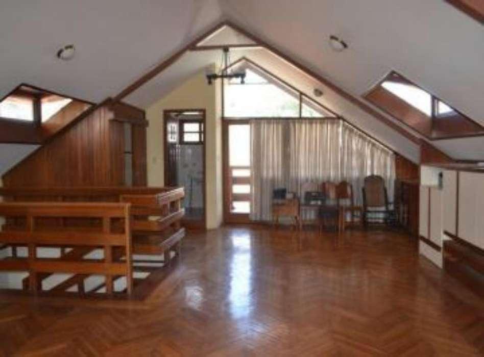 Casa en Venta 680m La Floresta
