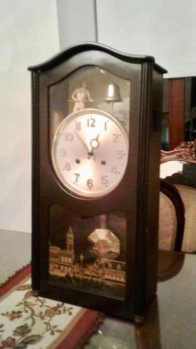 Reloj Jawaco. Campanero de San Marcos