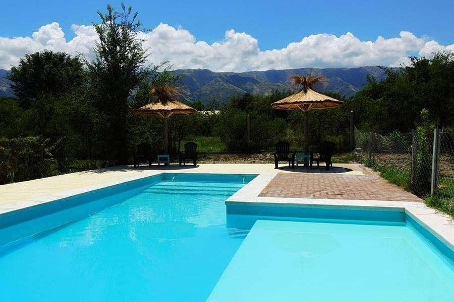 hm39 - Cabaña para 4 a 8 personas con pileta y cochera en Villa De Merlo