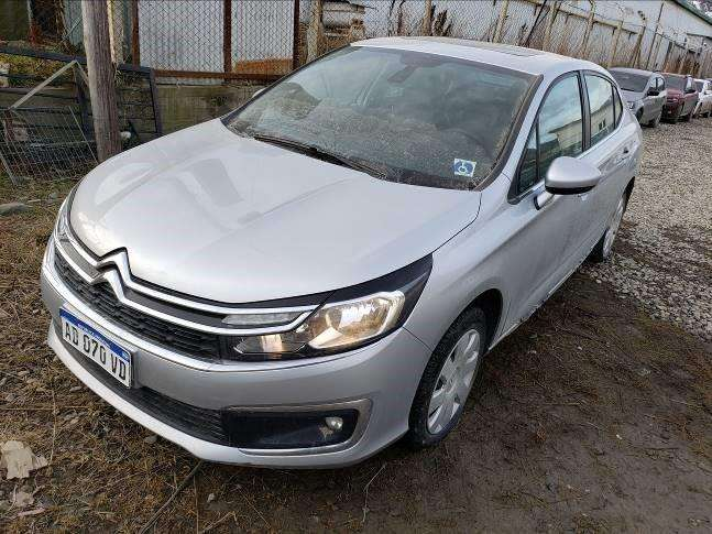 Citroen C4 Lounge 2018 - 9606 km