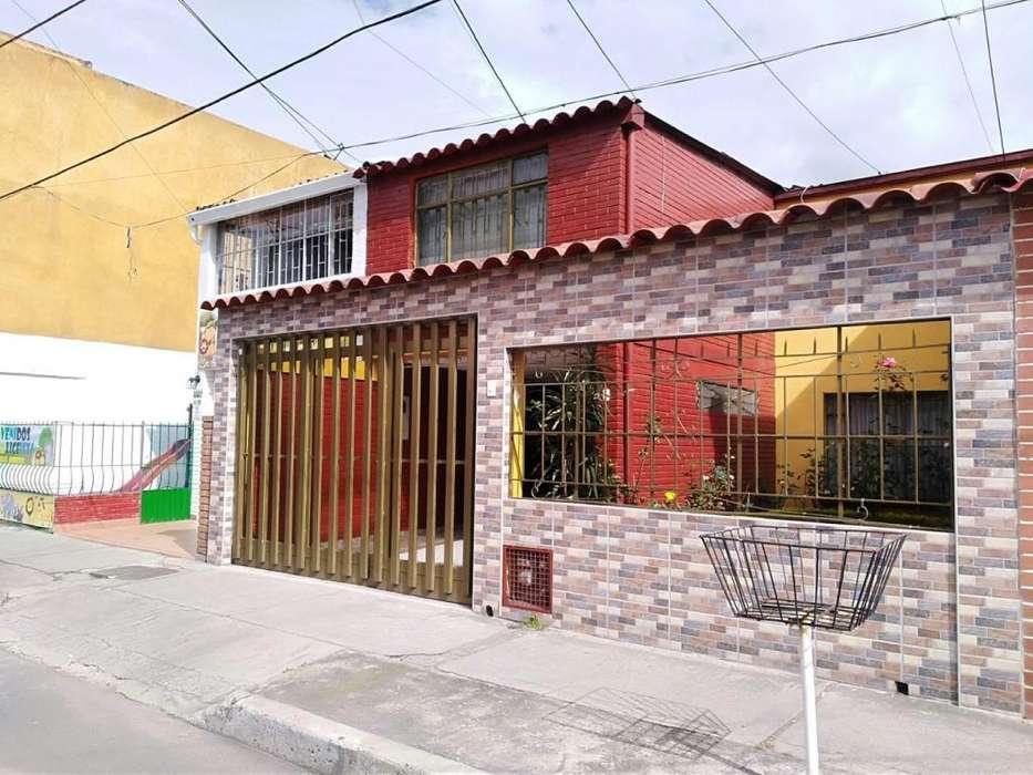 92086 - Casa de dos niveles en arriendo en Plaza de las Americas