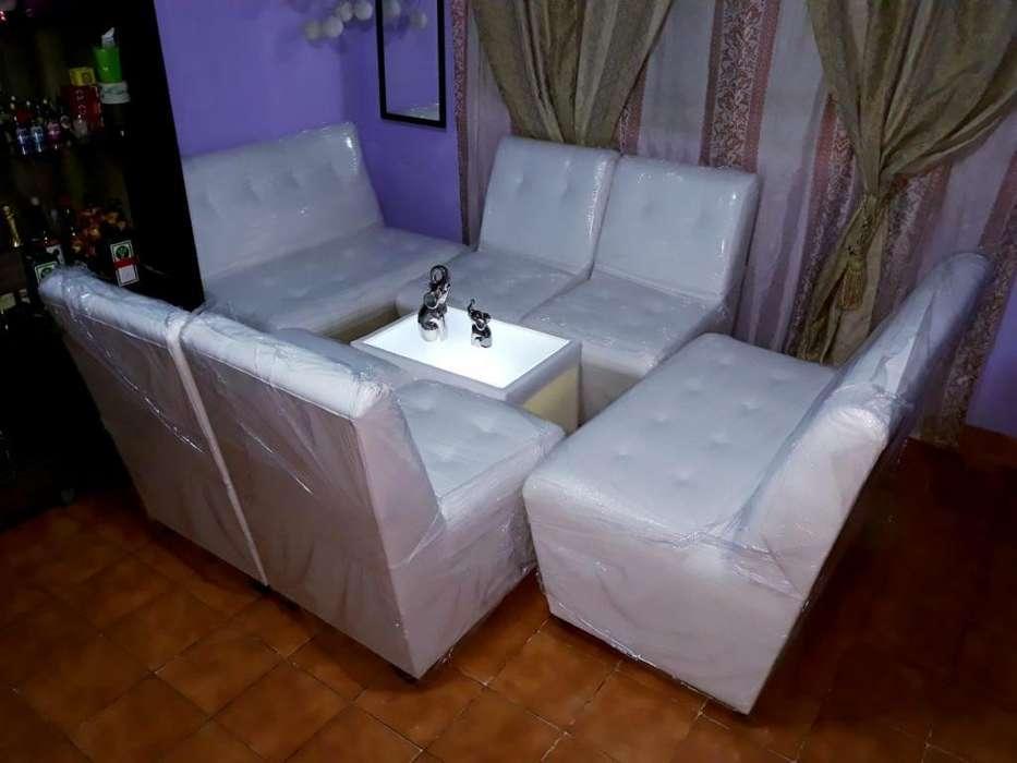 Sala Lounge Sillones Mesa Eventos Pisco