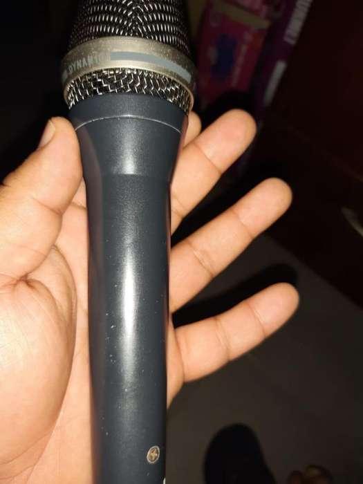 Akg D7 Microfono Dinamico Vocal Redimiento P/vivo Y Estudio